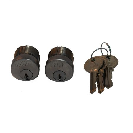 SCREW IN CYL KEYED ALIKE IN PAIRS BUT EACH SET TO DIFFER